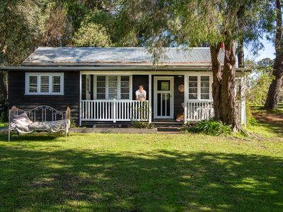 Photo for A beautiful rural cottage with original charm and modern amenities.