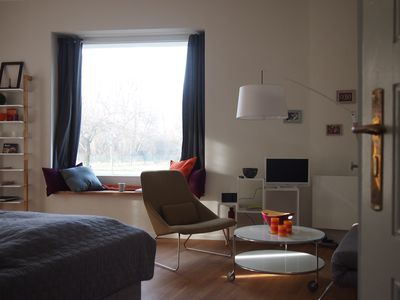 Photo for Charming apartment_green & close to the city!