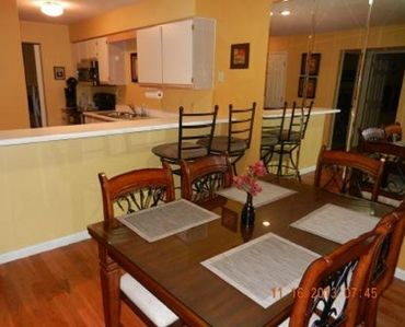 Dining Room in to Kitchen