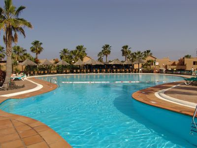 Photo for Modern apartment in the popular complex of Oasis Duna
