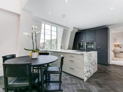 Photo for Beautifully presented throughout this stunning three bedroom apartment