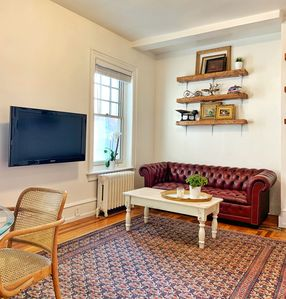Photo for Classic 1-Bed Philadelphia Townhouse Apartment Steps from Rittenhouse Square