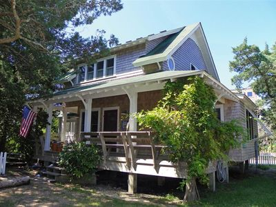 Photo for Wisteria Cottage: Covered porches, deck, and spacious screened porch.