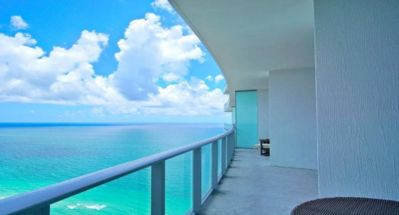Photo for Luxury 2/2 Apartment Hotel Resort On The Beach