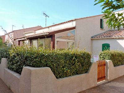 Photo for Apartment Gruissan  in Gruissan, Languedoc - Roussillon - 6 persons, 2 bedrooms