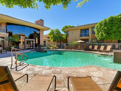 Photo for Perfect Location! Ground floor, Heated Pool & Spa, Fitness Center, Close to TPC, Dining & Shopping!