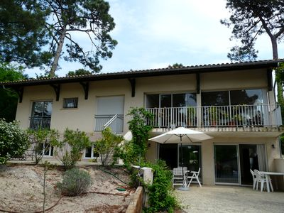 Photo for Vast quiet apartment, all comfort, 200m from the beach, 2 large bedrooms.