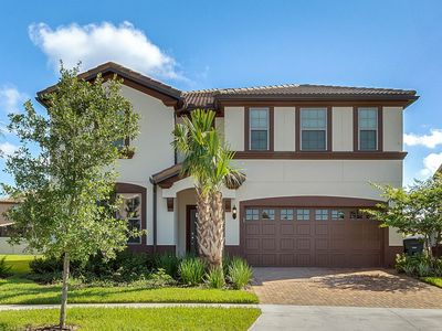 "Photo for ✵Brand New Luxury 9BD✵ at ""WINDSOR AT WESTSIDE"""