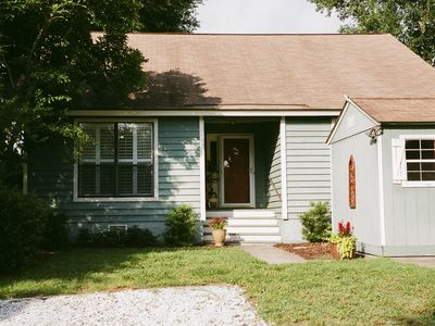 Photo for Charming  2/2 Cottage w/Golf Cart in lovely Mt P Old Village