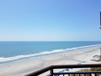 Beachfront Condo w/ 8th-Floor Ocean Views: Indoor & Outdoor Pools & Hot Tubs