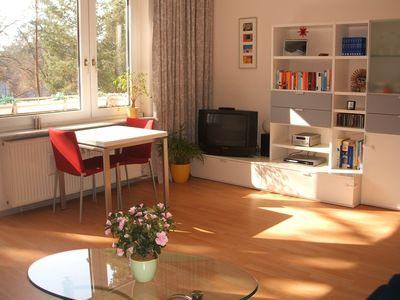 Photo for 2-room apartment in Berlin-Zehlendorf, in close proximity to Schlachtensee.