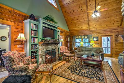 In your downtime, this home offers 4 cable TVs and 3 impressive fireplaces.
