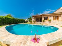 a lovely villa in a quiet location but restaurants,bars beach and supermarket all just a short wal..