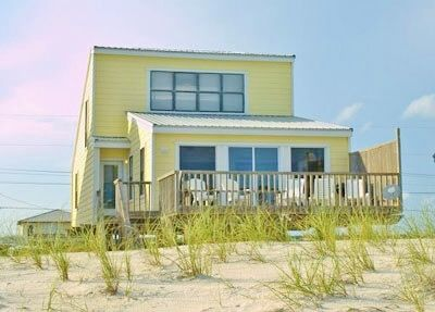 Photo for Cute Beach Cottage in West Beach area 'Daydream Hideaway'