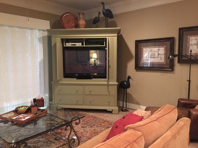"""Great Room w/ 50"""" Television"""