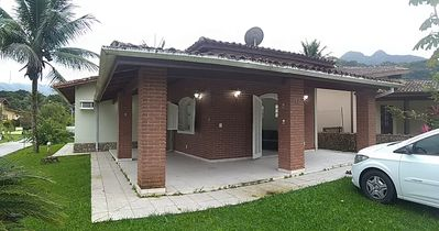 Photo for House in gated community with 24h security and ample leisure area