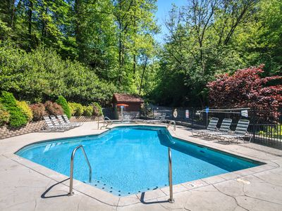 Don't forget your bathing suit - When you stay at Idle Days in the summer, you can free access to the Black Bear Falls Log Home Community's heated swimming pools, one for kids and one for adults, just a short walk away.