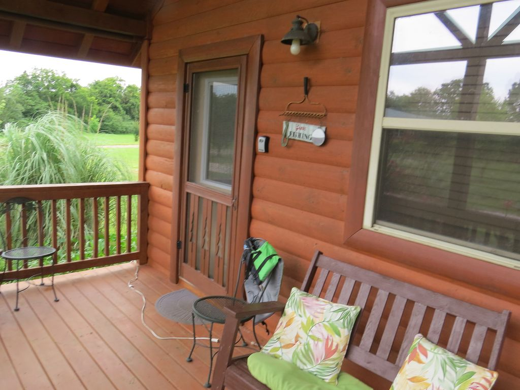sundancer cabin caddo river great getaway