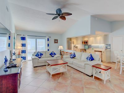 Photo for POOL VIEW 3 BED 3 BATH Luxury detached villa  Walk to Siesta Key beach AUGUST 12