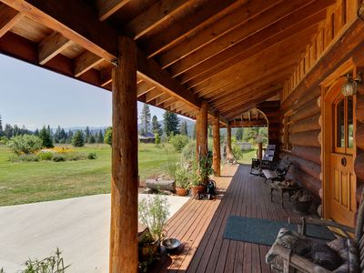 Photo for Silvermoon Mountain Lodge - Family Friendly, Game Room, WiFi, Hot Tub