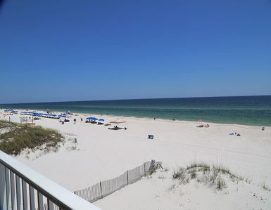 Harbor House B6 - AWESOME Beach Front Views, Free WiFi, New flooring, Prime Location