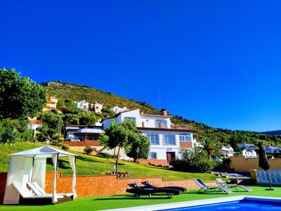 Photo for Villa with heated and private pool, near beach and golf!