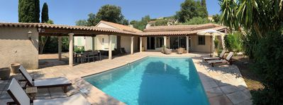 Photo for Villa **** with swimming pool in the village of Bormes