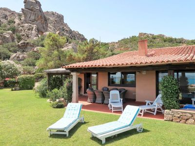 Photo for 4 bedroom Villa, sleeps 8 with Air Con and Walk to Beach & Shops