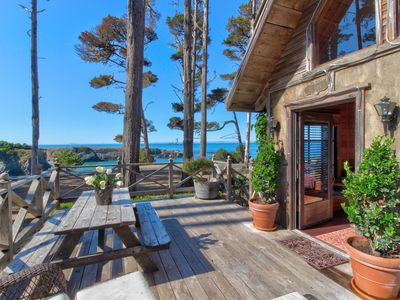 Photo for Oceanfront cottage w/ private deck, firepit & amazing views - minutes to town!