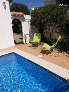 Photo for pretty house 5 pers fully equipped with private pool, wifi, near the sea