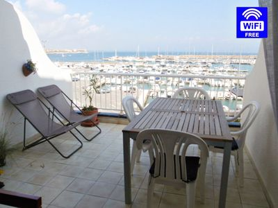 Photo for Duplex the Port, incredible views of the bay of Roses and the port, wifi, clim