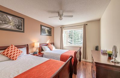 Photo for 2-Storey Townhouse 2 BR/1.5 Bath, A/C, New Hot Tub