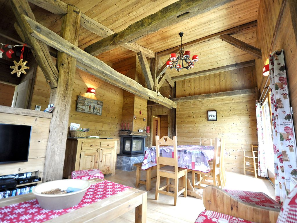 Mooi chalet decor hout 10 11pers wifi 4ch homeaway