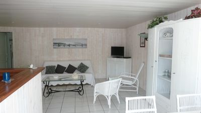 Photo for Near Cap Ferret comfortable independant Apt with garden