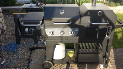 the hybrid grill lp or charcoal