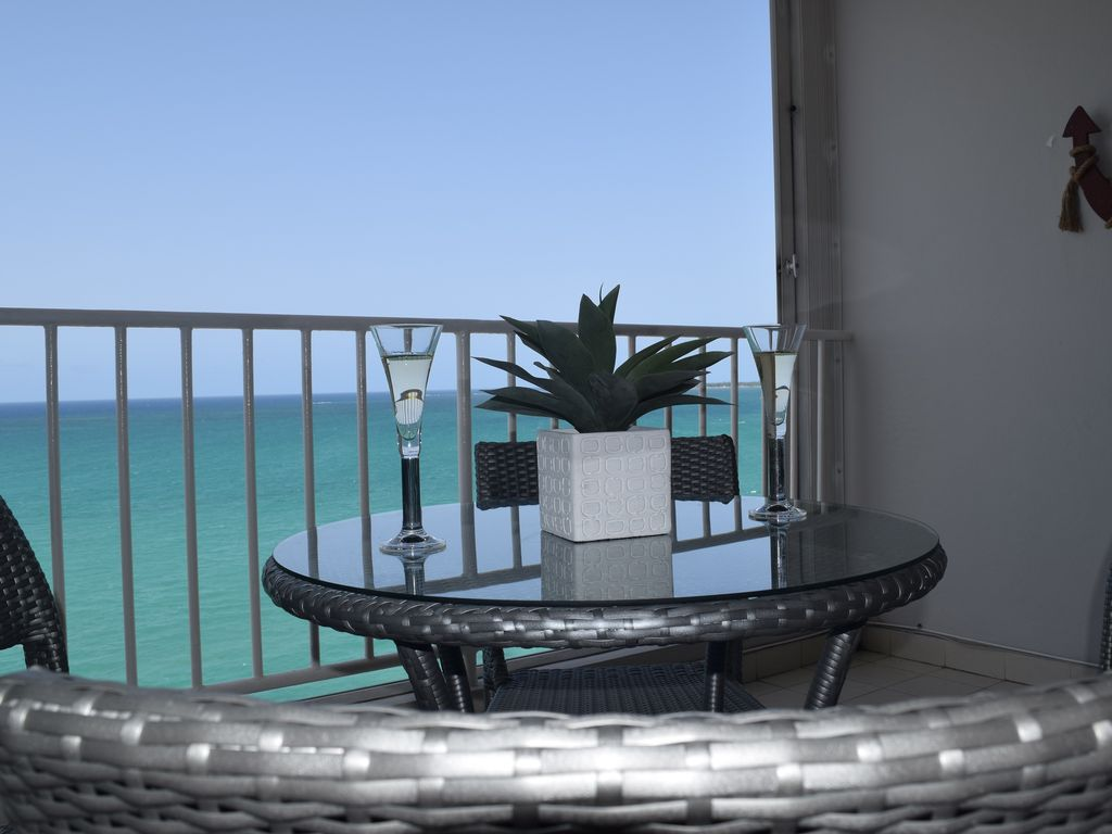 2 br beach access seaview 12th floor ac balcony wifi for 18 floor balcony