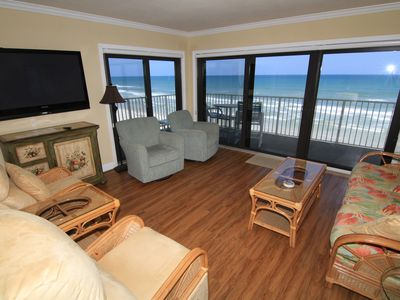 Photo for Blue Water, 3/2 Sleeps 8, 5th Floor Oceanfront Corner Views, No-Drive Beach