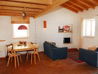 A charming little house, the perfect place to discover Aljezur and its surroundings.