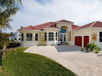 Photo for Villa Riverview, Cape Coral  in Florida Westküste - 8 persons, 4 bedrooms