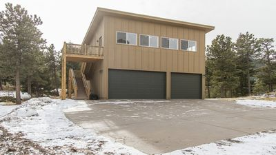 """Photo for """"The Treehouse"""" Secluded Mountain View Studio - 15 min to downtown Boulder!"""
