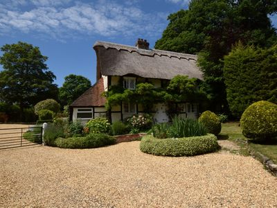 Photo for 5 bedroom Cottage in Lymington - 56765