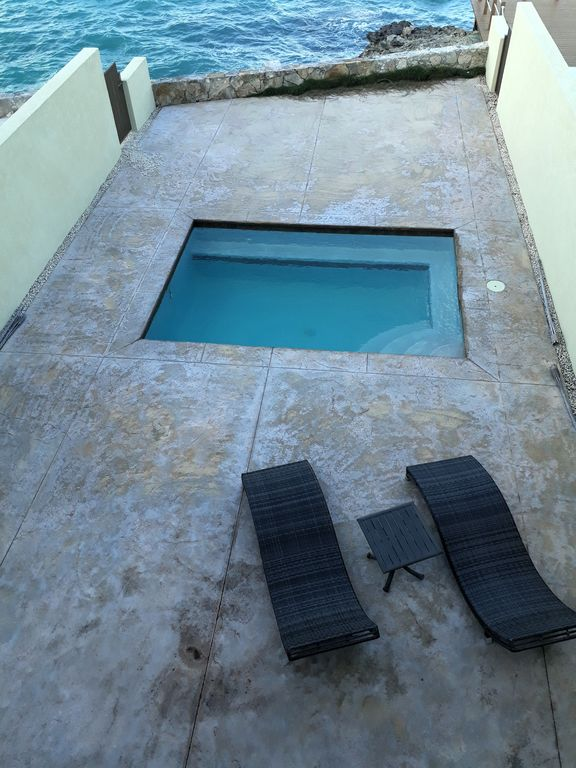Three Bedroom Townhouse - Cable Beach