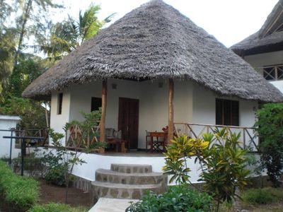 Photo for Bungalow typical African in a residential area just 200 meters from the sea.