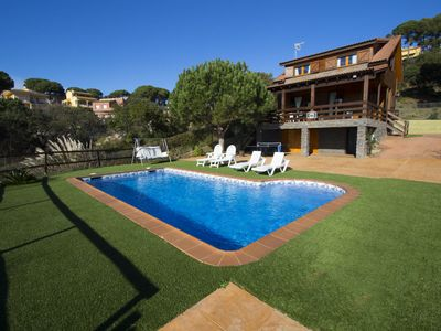 Photo for Catalunya Casas: Pleasant villa for 6 in Tordera, Costa Brava, only 5km from the beach!