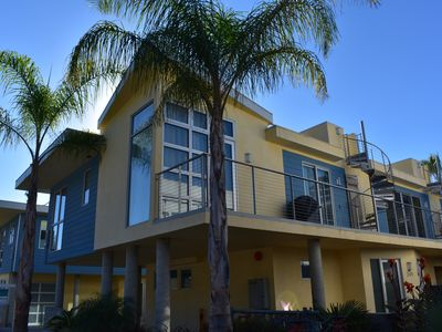Photo for Gorgeous Contemporary Condo w/ Rooftop Deck, BBQ, WiFi and Parking for 2