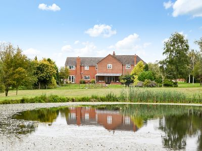 Photo for 9 bedroom accommodation in Clows Top, near Kidderminster