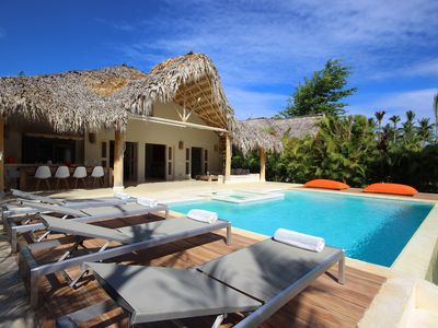 Beautiful property 150 m from the sea with private pool - 5 bedrooms 10 people