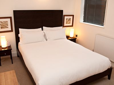 Photo for 1 Bed apartment, City, close to Tower Bridge (Minories) - One Bedroom Apartment, Sleeps 2