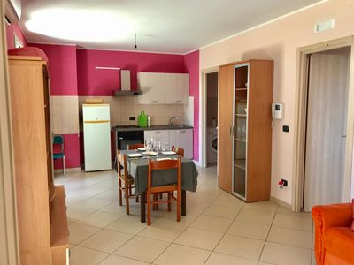 Photo for Charming Apartment Trilocale Lido di Gallipoli with Air Conditioning & Terrace; Parking Available, Pets Allowed