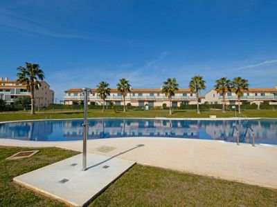 Photo for 2 bedroom Apartment, sleeps 5 with Pool, Air Con and Walk to Shops
